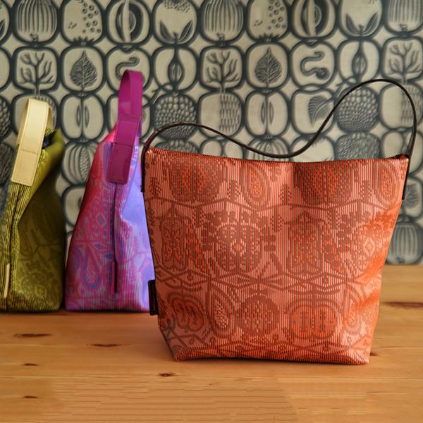 【送料無料】セミショルダーバッグ KLAUS HAAPANIEMI クラウス・ハーパニエミ / 北欧 雑貨 北欧雑貨 ブランド 肩掛け ショルダー バック 合皮 おしゃれ かわいい