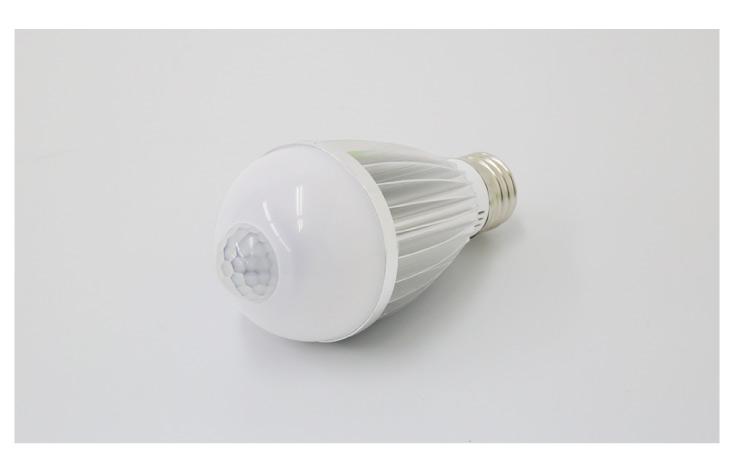 人感センサー付きLED電球 LED電球 E26 E17 自動点灯 自動消灯 センサーライト 60W形相当 工事不要 替えるだけ 1年保証 led電球 照明 電球色 2700k 自然色 4000k 昼白色 6000k 一般電球 節電 防犯対策(SS-GB-9W)