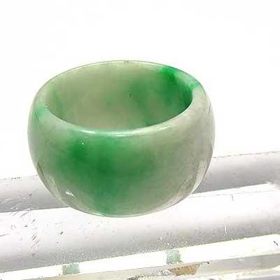 翡翠 リング 天然石 パワーストーン リング ひすい ヒスイ ジェイド ジェダイト 指輪 ミャンマー産 翡翠 あす楽