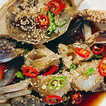 冷凍便 伝統 カンジャンケジャン 500g 甘い生のカニ 信濃 特製 醤油 引き出物 ケジャン カニ 国内生産 本場の味 わたりかに かに 無添加 手作り 百貨店 蟹