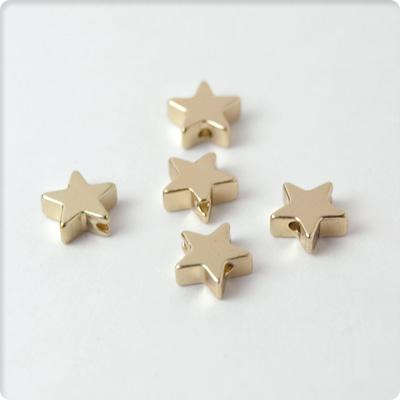 【アクセサリーパーツ】星のチャーム穴あり5個セット