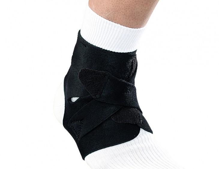 訳あり商品 伸縮性ストラップでダブルにサポート 調節自在な固定力 足首障害の予防と保護に 足首用サポーター スーパープロアンクルラップ ●スーパーSALE● セール期間限定