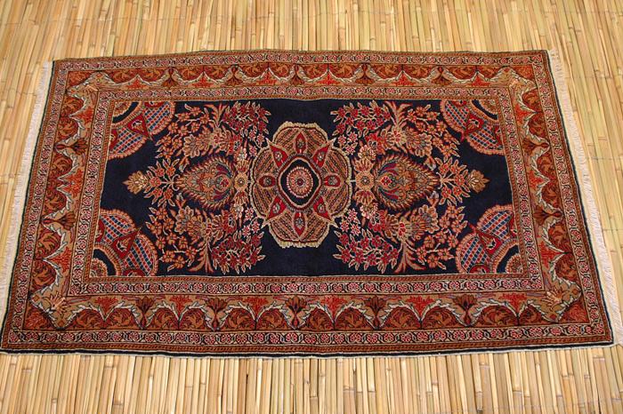 100%正規品 伝統的な織りの技術の高さに納得!確かな感触と重厚なデザインがお部屋に「格」をプラスカイセリ産OLD絨毯【smtb-f】, 株式会社NCC:2c7f2815 --- greencard.progsite.com