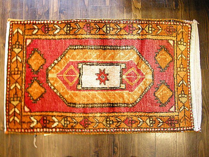 土耳其锡瓦斯从旧手工编织地毯及 Kilim チュバル (袋)