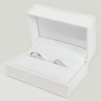 あす楽 ●手数料無料!! お気に入 大切なペアリングを保存する純白のケースジュエリーボックス ペアリング用ジュエリーケース 結婚式 プレゼント 純白のペアリング用ジュエリーケース マリッジリング ブライダルジュエリーケース 結婚指輪