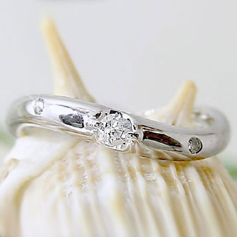 ピンキーリング ダイヤモンド プラチナ900 指輪 Pt900 指輪 ダイヤ 0.07ct【送料無料】