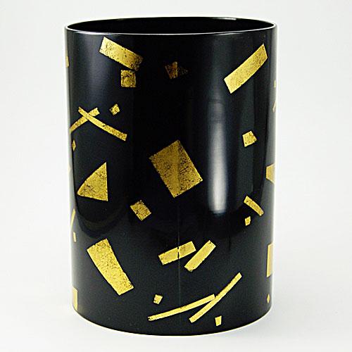 公式ショップ 薄茶の席で葉を蓋に見立てて使う水指です 葉蓋 水指 早割クーポン 本塗 茶道具