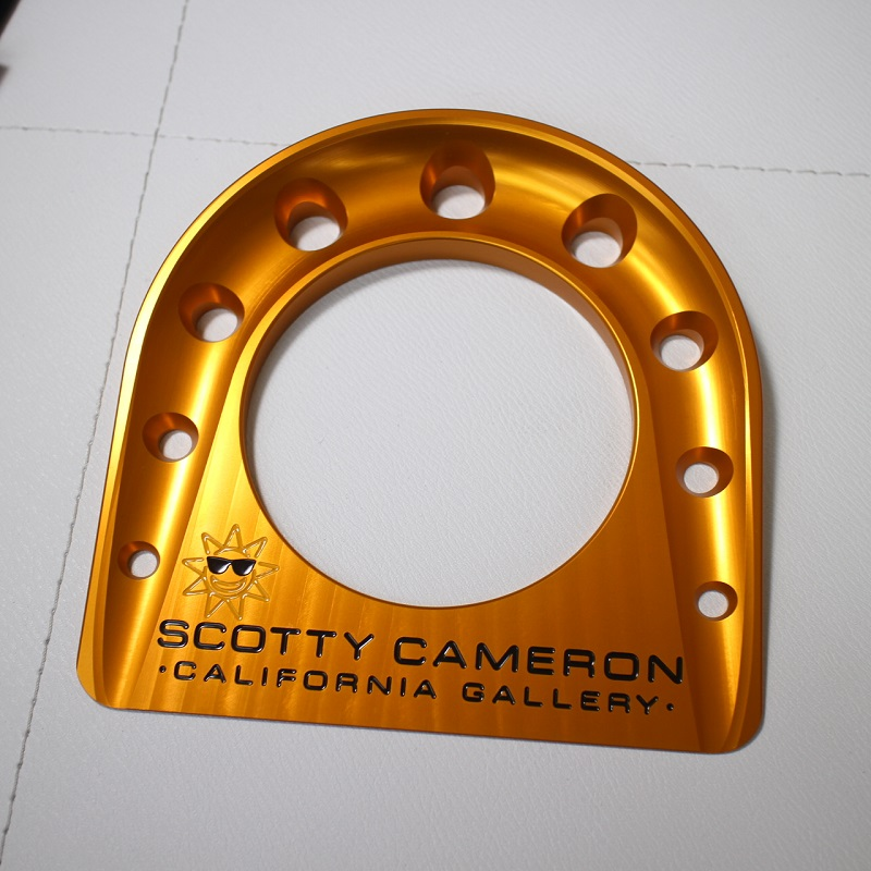 scotty cameron with case for exclusive use of the aluminum hall cup orange  gold for the Scottie Cameron-limited design circle T putter exercise