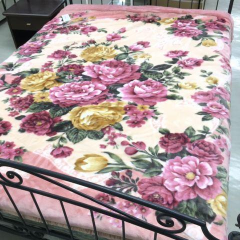 【スーパーSALE】【あす楽】ムートン調 えり付合わせアクリル毛布(ピンク/フラワー)ダブル180×210cm