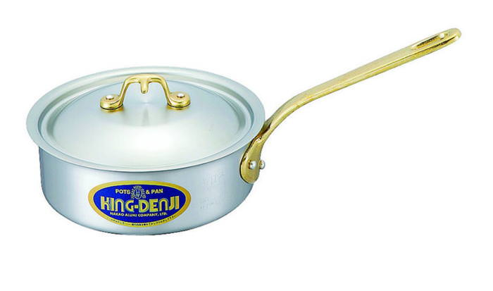 浅型 片手 鍋 真鍮 合金 製 取っ手 18cm(1.5L) IH ・ オール熱源 対応 目盛付 日本製 国産