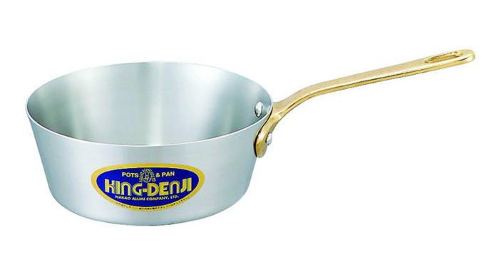 クーポンで23%OFF テーパー付 ソテーパン 片手 鍋 真鍮 合金 製 取っ手 21cm(2.0L) IH ・ オール熱源 対応 目盛付 日本製 国産