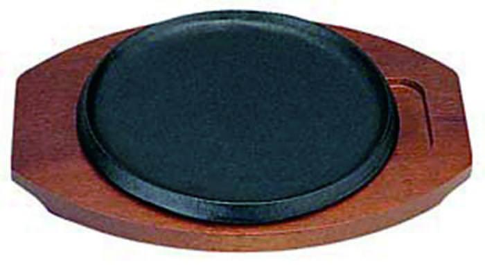 クーポンで23%OFF 日本製 IH 対応 ステーキ 皿 セット 23cm 自宅でも使える プロ仕様 ハンバーグ スパゲティー 焼きそば など 鉄板焼 にも 木台 取り外し式 浅 丸型