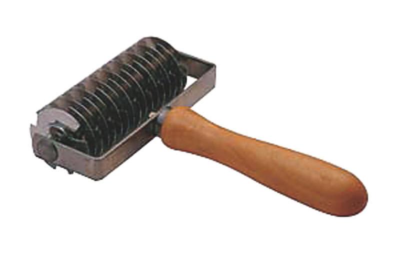 【お買い物マラソン クーポン付】 プロにも選ばれる パン ・ パイ 製菓 用器具 木柄 メッシュローラー 国産 日本製