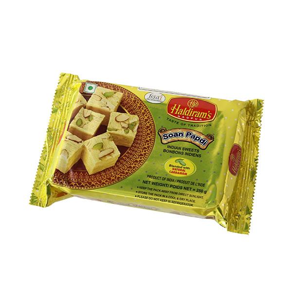 〈インド食材・インディアンベジタリアン〉 インドお菓子 ハルディラム ソアンパプディ 250g (Haldiram's Soan Papdi)【送料無料】