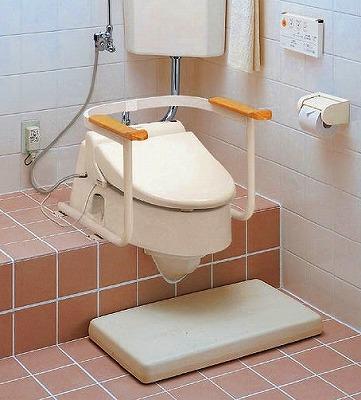 【最安値挑戦中!最大35倍】トイレ用手すり TOTO EWC211AR 和風改造用腰掛便器用 [■]