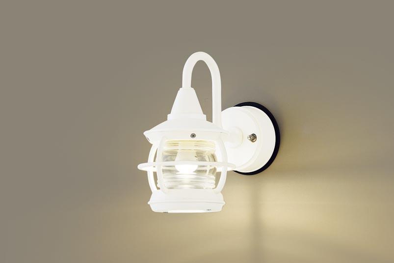 【最安値挑戦中!最大34倍】パナソニック LGW85218K ポーチライト 壁直付型 LED(電球色) 40形電球1灯器具相当・密閉型 防雨型 ホワイト [∀∽]