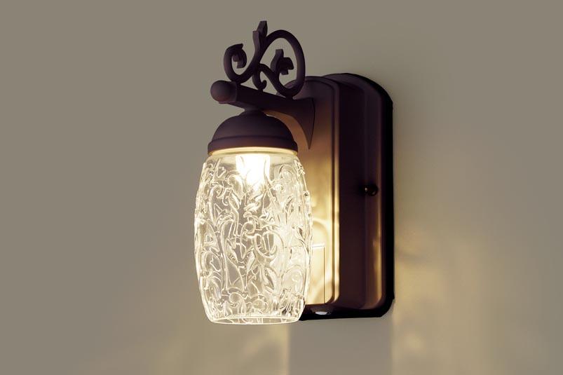 【最安値挑戦中!最大34倍】照明器具 パナソニック LGWC80255LE1 ポーチライト 壁直付型 LED 電球色 60形電球1灯相当 密閉型 防雨型 FreePaお出迎え ダークブラウンメタリック [∀∽]
