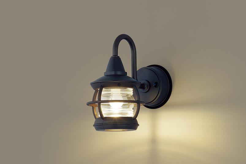 【最安値挑戦中!最大34倍】パナソニック LGW85217K ポーチライト 壁直付型 LED(電球色) 40形電球1灯器具相当・密閉型 防雨型 オフブラック [∀∽]