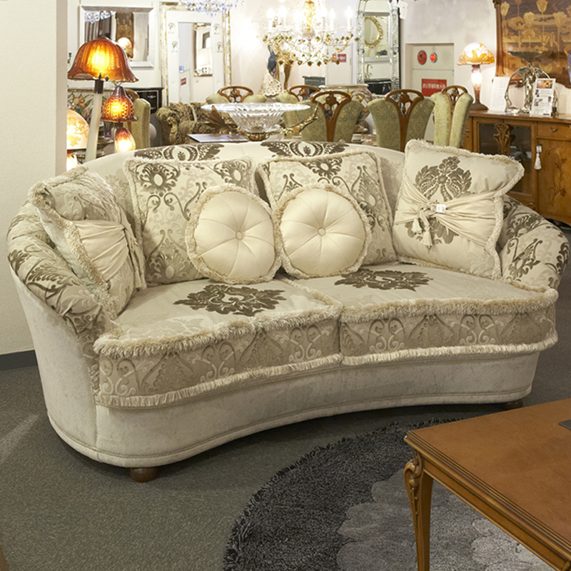 イタリア製 三人掛けソファ 幅218cm/ LINEADUE ソファ 椅子 イタリア 輸入家具 高級 高級家具 最高級 インテリア リビング ヨーロピアン家具