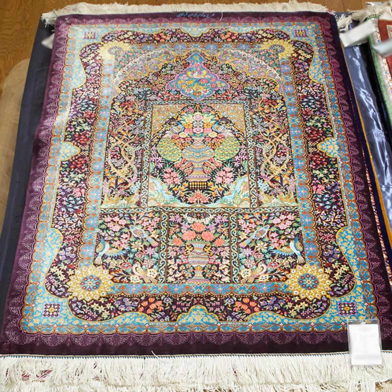 SHAHI ペルシャ絨毯 クム / シルク 手織り 手作業 織り子 イラン製 ラグ マット 絨毯 QUM