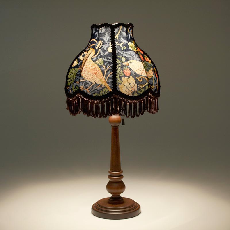 William Morris Strawberry Thief スタンドランプ / 照明 間接照明 インテリア照明 ランプ デスクランプ テーブルランプ ライト デスクライト テーブルライト スタンド ベッドサイド フロア ウィリアムモリス いちご泥棒 布