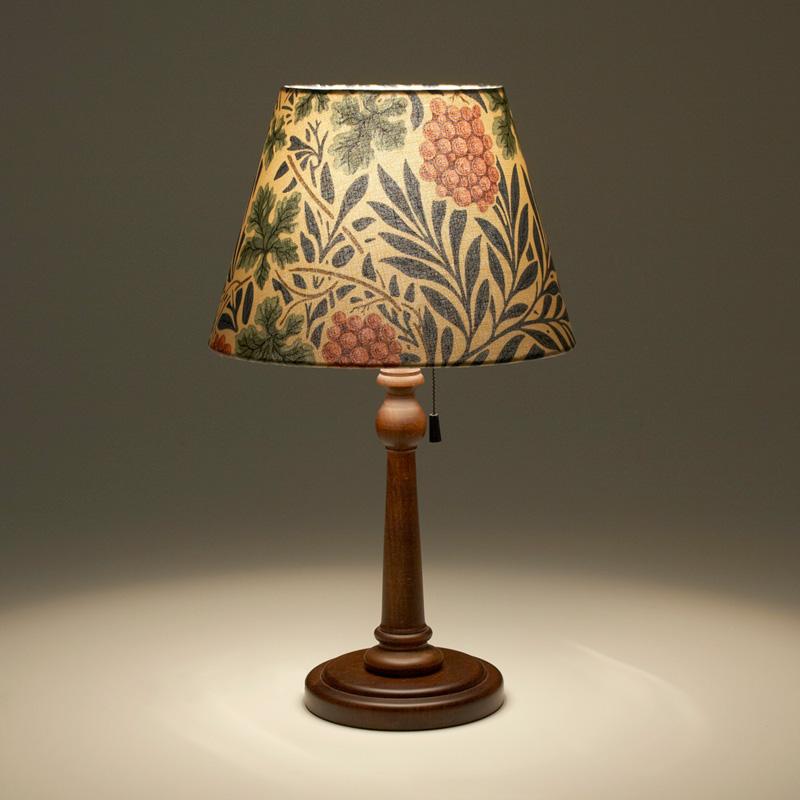 William Morris Vine スタンドランプ / 照明 間接照明 インテリア照明 ランプ デスクランプ テーブルランプ ライト デスクライト テーブルライト スタンド ベッドサイド フロア ランプシェード ウィリアムモリス 花柄 布 E26 ヴァイン