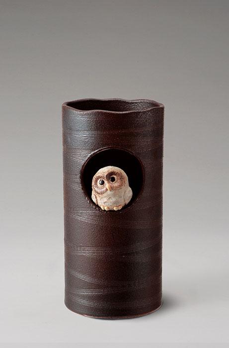 信楽焼 傘 立て 窓ふくろう 傘立て 陶器 おしゃれ 日本製 国産 結婚祝い 新築祝い アンブレラスタンド