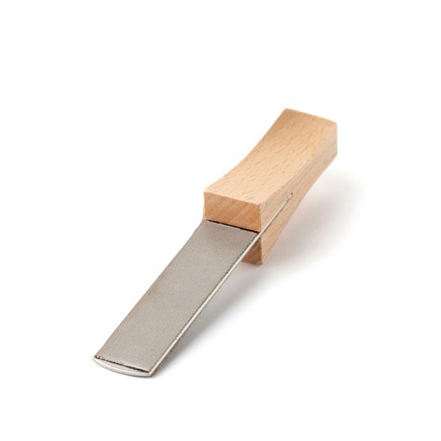 グレンスフォシュ・ブルーク ダイヤモンドシャープナー 工業用ダイヤモンドを施した高級シャープナー。切断目的の小型斧の刃先を鋭利に仕上げたい場合におすすめ 刃砥ぎ 砥石 やすり ヤスリ