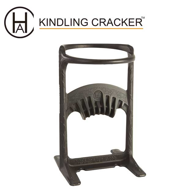 キンドリングクラッカーキング より大きな薪を扱えるようになりました。高速、安全に焚付作りを ハンマーで上から叩くだけの簡単作業 薪割り