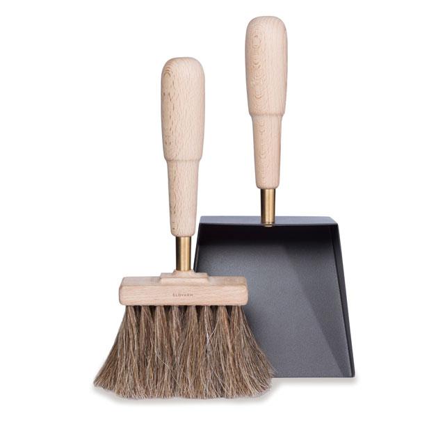 シャベル&ブラシ エマ(ブナ)Shovel&Brush Emma 細かな灰や屑を大きく柔らかいブラシでもれなくキャッチします【送料無料】