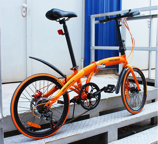 送料税込み!ハチコHACHIKO高炭素鋼折り畳み自転車SHIMANOシマノ7段変速 20インチ[98%完成品] オレンジ(HA02_Orange)