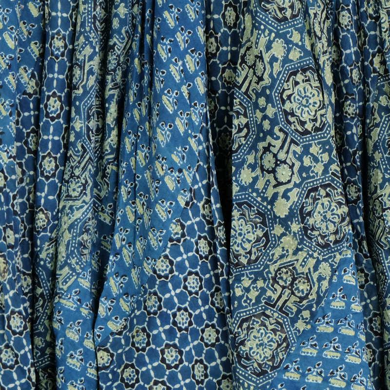 アジャラクプリントスカート/【エスニックファッション】/【送料無料】/エスニック/スカート/エスニックスカート/ロング/エスニック柄/秋物/秋冬/レディース/レディースファッション