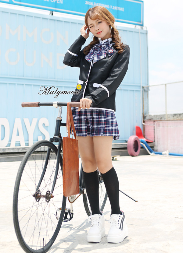 Real schoolgirl fetish picture 65
