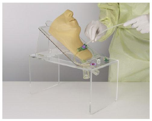 気管カニューレ吸引手技用シミュレータ  サイズ(本体):W370×D210×H215mm 24-5409-00