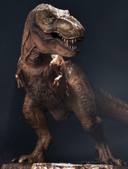 【予約商品】【プライム1スタジオ】 プライムコレクタブルフィギュア/ ジュラシック・パーク: ティラノサウルス・レックス 1/38 PVC スタチュー PCFJP-01