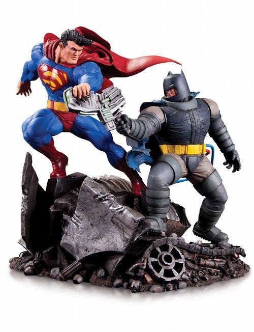 【予約商品】【DCコレクタブルズ】 バットマン ダークナイト・リターンズ/ バットマン vs スーパーマン ミニスタチュー