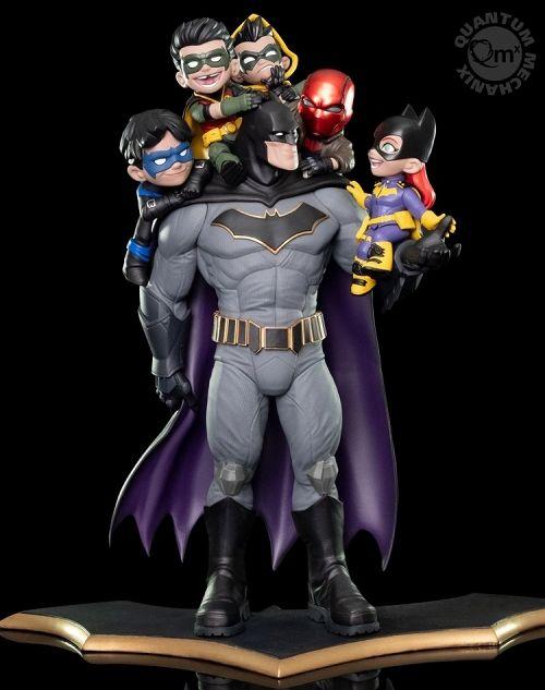 【在庫品】【クアンタムメカニクス QMx】 Qマスター/ バットマン ファミリー 15インチ ジオラマスタチュー