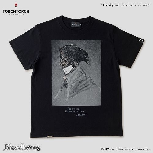 【在庫品】【TORCH TORCH】 Bloodborne × TORCH TORCH/ Tシャツコレクション: 宇宙は空にある (ブラック XLサイズ)