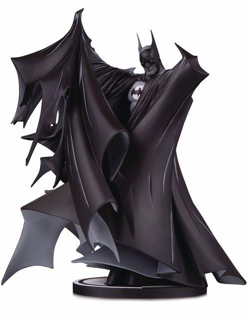 【予約商品】【DCコレクタブルズ】 バットマン/ バットマン ブラック&ホワイト スタチュー トッド・マクファーレン ver