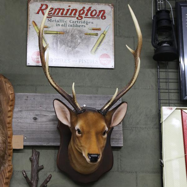 【日本製 高品質】 鹿 ウォールハンギング オブジェ 【インテリア 壁掛け シカ 動物】【デッドストック品】