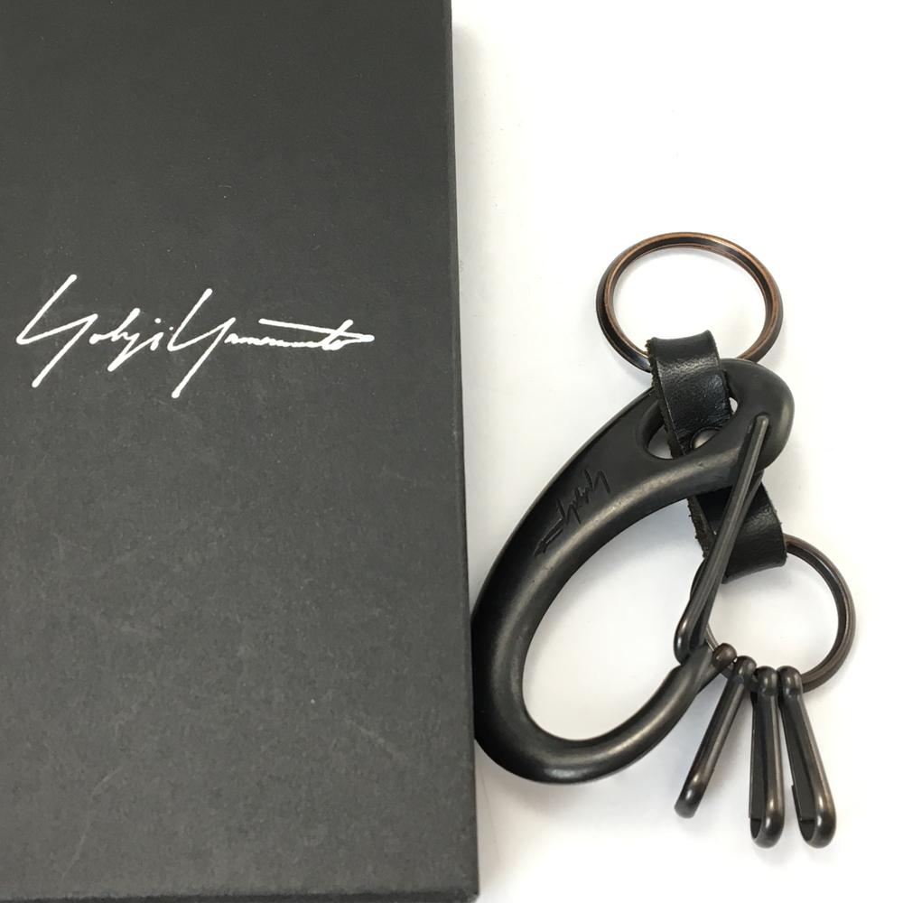 【中古】【メンズ】Yohji Yamamoto ヨウジヤマモト 17AW カラビナキーリング キーホルダー カラー:BLACK ブラック 黒 万代Net店