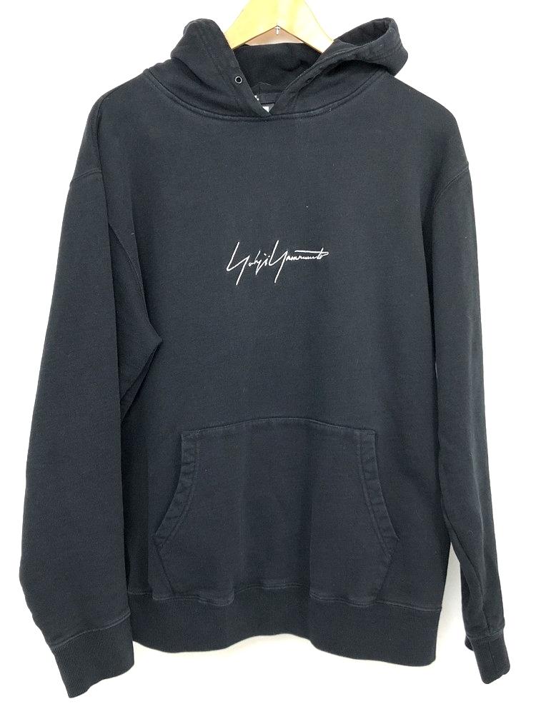 【中古】【メンズ】NEW ERA×YOHJI Yamamoto ニューエラ×ヨウジヤマモト ロゴ刺繍パーカー 品番・型番:HV-T40-077 サイズ:XL カラー:ブラック 万代Net店