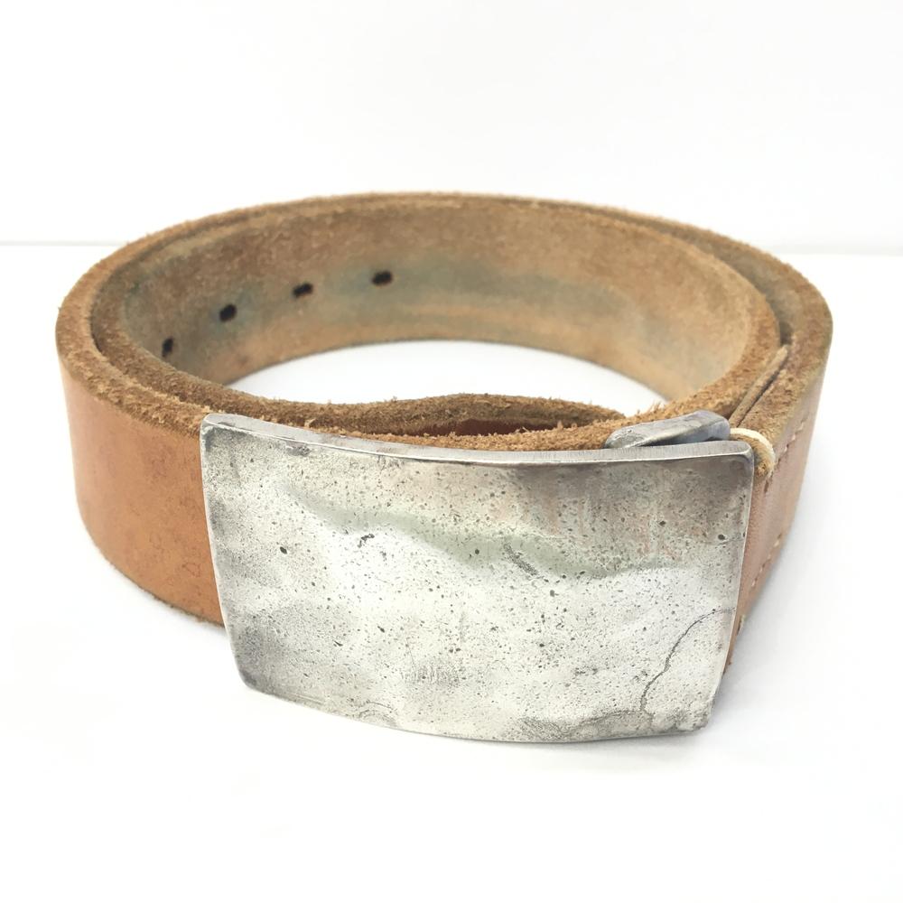 【中古】【メンズ】THE FLAT HEAD ザ・フラットヘッド プレートバックベルト レザー カラー:ブラウン 茶 サイズ:W29~W33 万代Net店