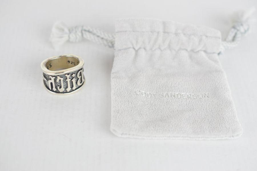 【中古】【メンズ】CODY SANDERSON コディサンダーソン BITCH STAMP RING ビッチ スタンプ リング 指輪 サイズ:#19 カラー:SILVER 万代Net店