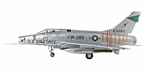 HOBBY MASTER 1/72 F-100D スーパーセイバー プリティー・ペニー 完成品