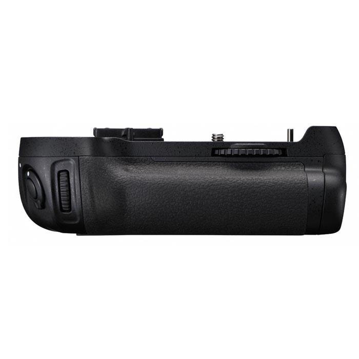 《新品アクセサリー》 Nikon (ニコン) マルチパワーバッテリーパック MB-D12 (対応機種:D810、D800、D800E)【KK9N0D18P】