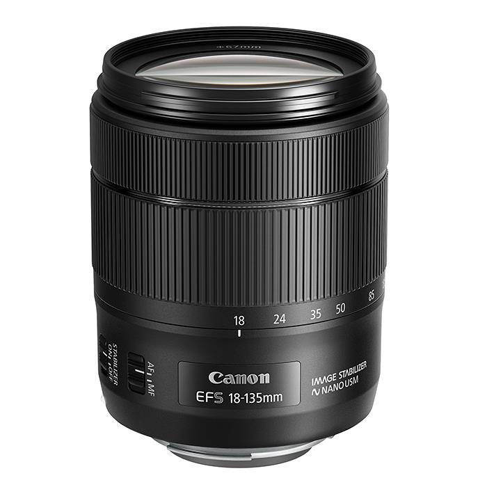 《新品》 Canon(キヤノン) EF-S18-135mm F3.5-5.6 IS USM [ Lens   交換レンズ ]〔レンズフード別売〕【KK9N0D18P】