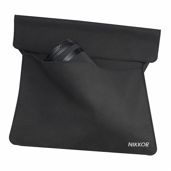 代引き手数料無料 期間限定特別価格 《新品アクセサリー》 Nikon ニコン 発売予定日:未定 KK9N0D18P モデル着用 注目アイテム レンズケース CL-C3