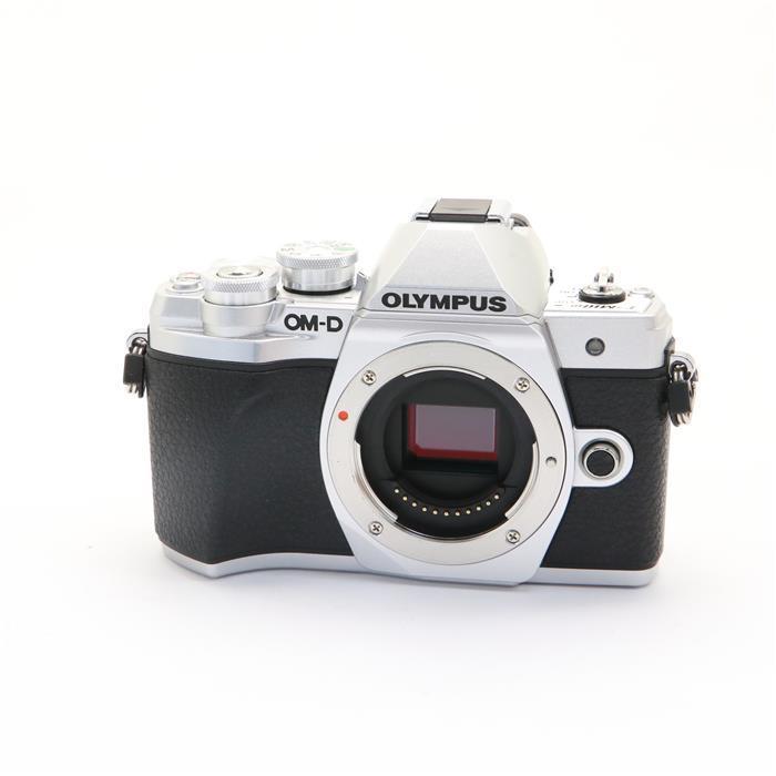 【あす楽】 【中古】 《新同品》 OLYMPUS OM-D E-M10 Mark III ボディ シルバー [ デジタルカメラ ]