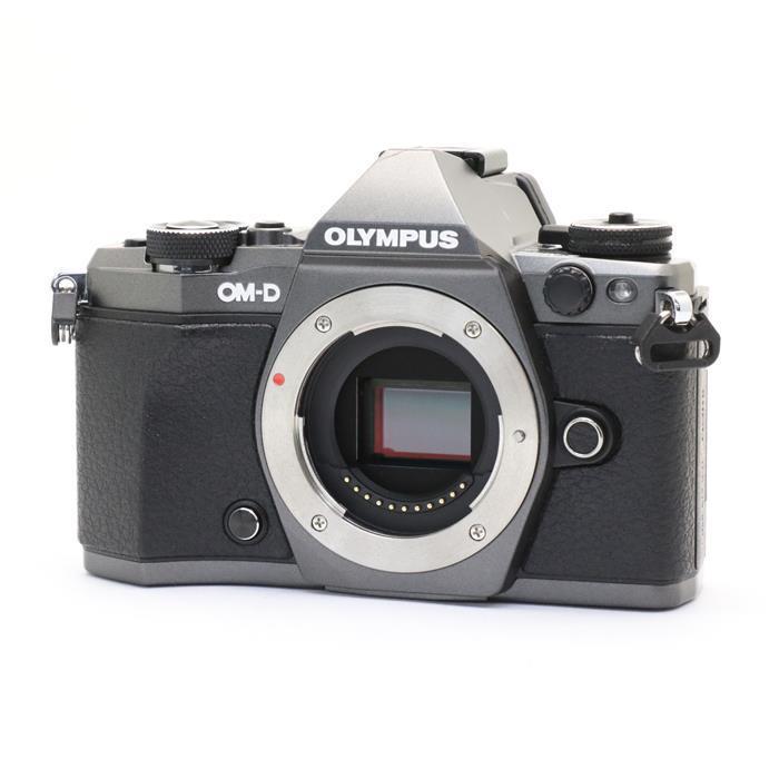 【あす楽】 【中古】 《良品》 OLYMPUS OM-D E-M5 Mark II Limited Edition (ボディのみ) チタニウムカラー [ デジタルカメラ ]